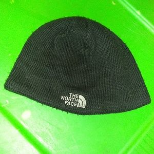 8faf750cd Black Skull Cap